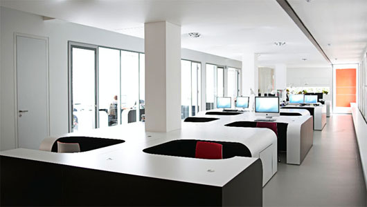 Modern Office | Designing the Perfect Office | Nazmiyal Blog